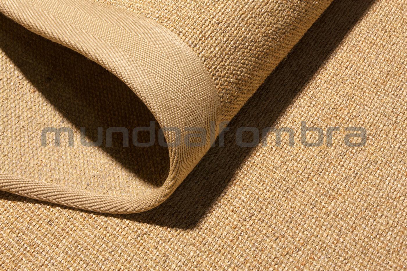 alfombra de sisal modelo Ibiza disponible en mundoalfombra.com
