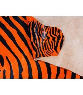 Piel de Cebra Tintada. Color Naranja..