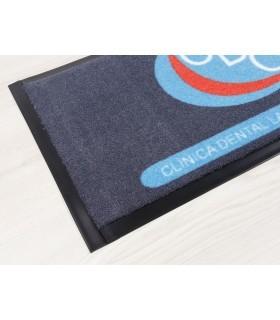 Felpudo Logo SUP. Ejemplo de Borde pvc para felpudos a medida.