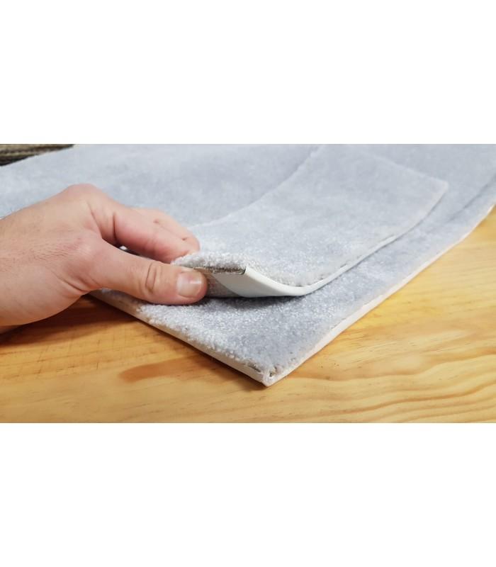Lunar Silk. Alfombra a medida de fibra reciclada.