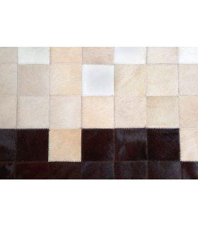 Alfombra de Piel Degradado Blanco-Beig-Marrón. Cuadros de 10x10 cm.