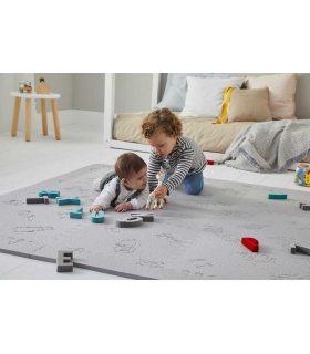 Alfombra Protección Infantil. Color Gris. Foto Habitación.