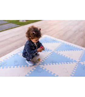 Alfombra infantil protección suelo. Color Azul-Beig. Medidas 161x161 cm.