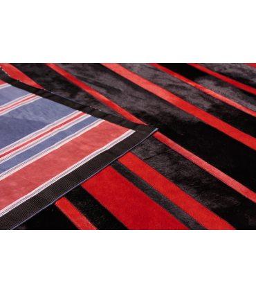 Red/Black Stripes. Alfombra de Piel.