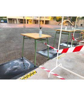 Felpudo desinfectante para entradas de colegios. Foto de Cliente.