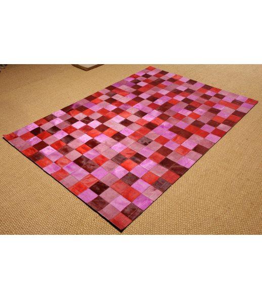 Alfombra patchwork de piel de toro colores rosa rojo for Alfombras 200x300 baratas