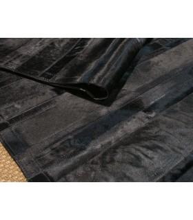 Black Stripes. Alfombra de Piel.