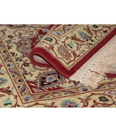 Alfombra de pura lana virgen. Modelo Persia 813. Color Grana. Detalle.