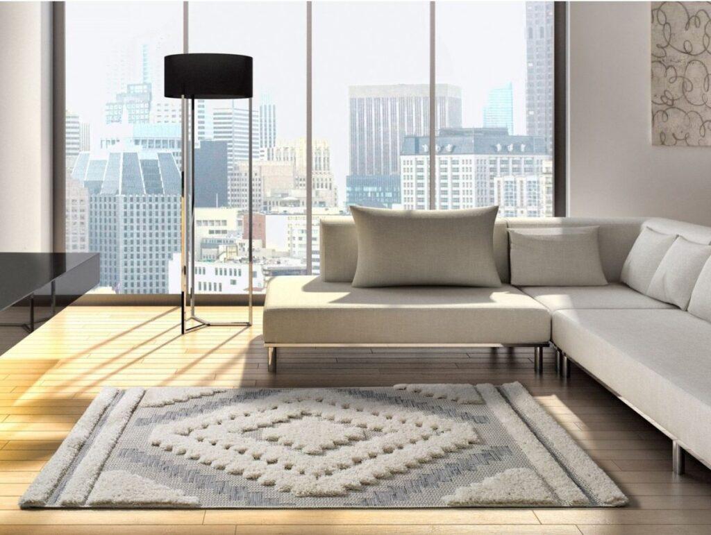 Nuestra alfombra lavable con relieve KYCHE 52 . Alfombra fina con detalles en pelo largo.