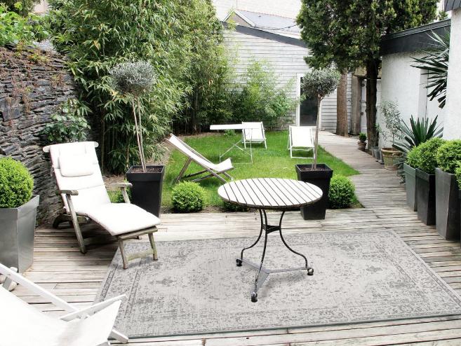 Nuestra alfombra estilo vintage para exteriores e interiores  SALOU 48.
