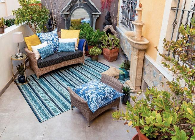 Nuestra alfombra para exteriores a rayas Napoli 053.